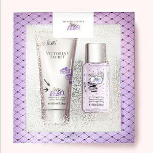 NWT - VS Tease Rebel Fragrance Gift Set
